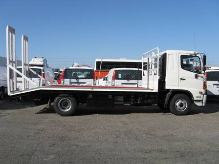 New Hino FD 1-24 Flat Bed Truck